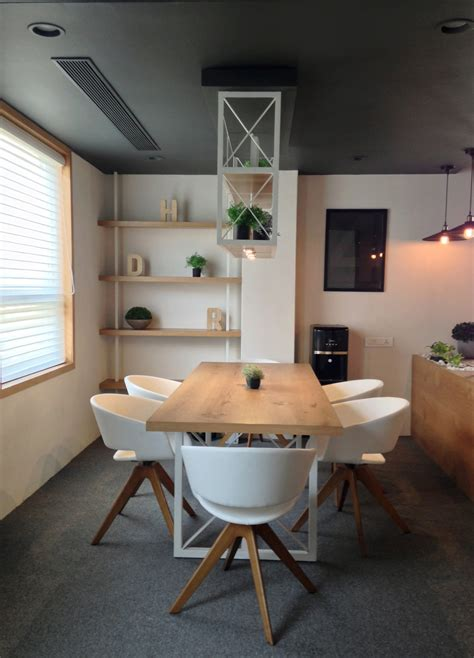 A Type Design Firms Office By Yellowsub Studio by A Type Design Firm S Office By Yellowsub Studio