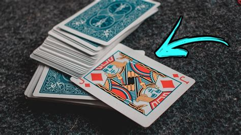 Card tricks are the most popular form of magic tricks, and for good reason. A VERY Easy Card Magic Trick For BEGINNERS!! - YouTube