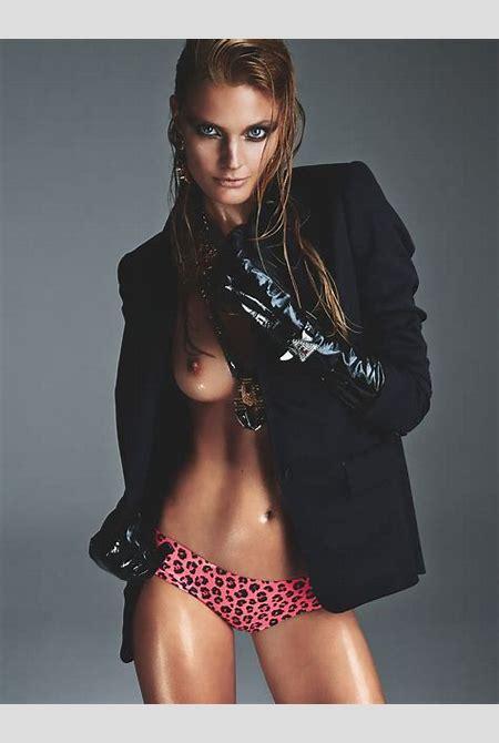 Constance Jablonski - celebrity-slips.com