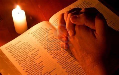preghiera della candela bibbia figli della luce