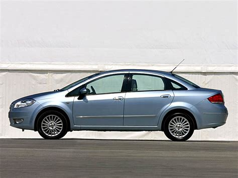 Fiat Linea 2007 05 04 Autocity