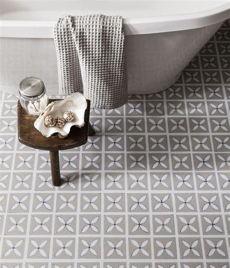 best 25 vinyl flooring for bathrooms ideas on