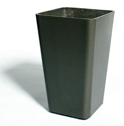 QUADRA Tall Planter Pots/ Outdoor Planter/ Design: NOVA68.com