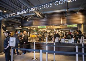 Shake Shack on Newbury Street Is Now Open – Boston Magazine