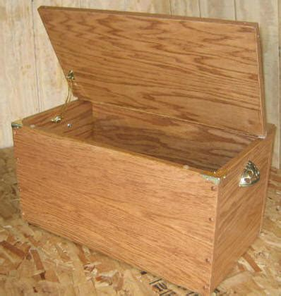 toy box plans   build  wooden toy box