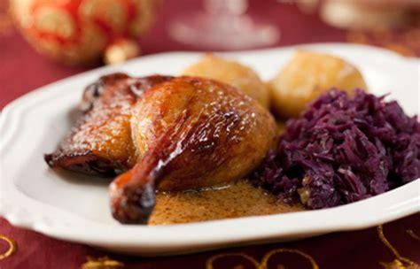 cuisiner les cuisses de canard cuisses de canard et pommes de terre recettes cookeo
