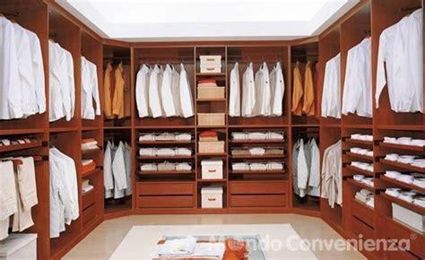 La cabina armadio di mondo convenienza Mondo Convenienza