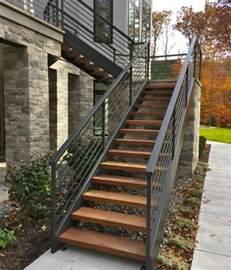 Marche Escalier Bois Exterieur by L Escalier Ext 233 Rieur En 57 Photos Qui Vous Feront R 234 Ver