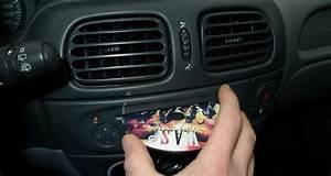 Autoradio Lecteur Cd : autoradio lecteur cd ~ Carolinahurricanesstore.com Idées de Décoration