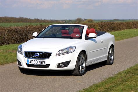 volvo  coupe convertible review   parkers