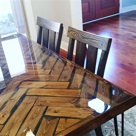 buy  custom herringbone dining table   order  belle   woodworker custommadecom
