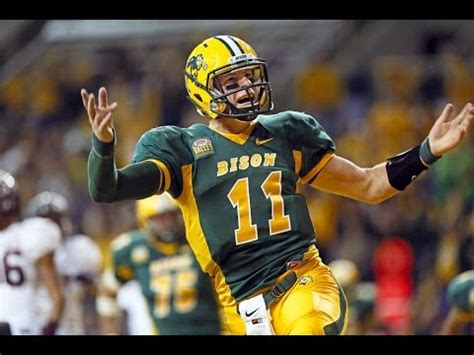 carson wentz  nfl draft scouting report youtube