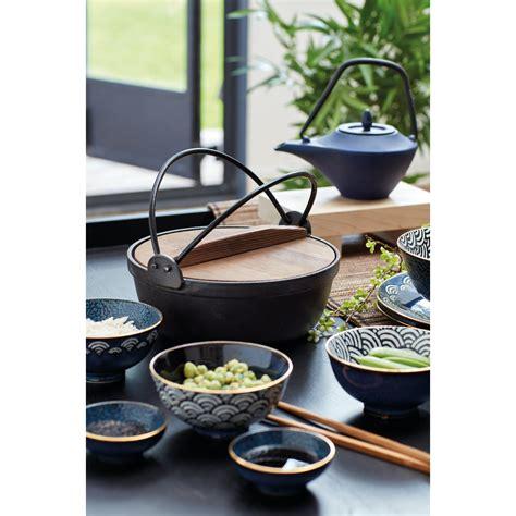 kitchencraft world  flavours cast iron cooking pot