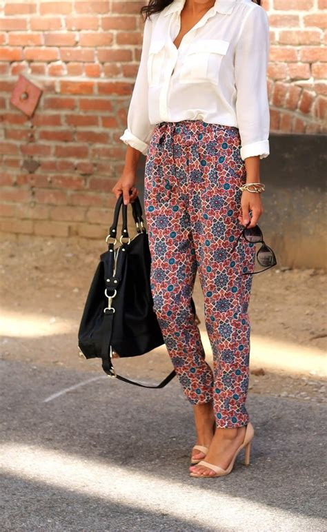 HOW TO WEAR LOOSE PRINTED PANTS - I Heart BargainsI Heart Bargains