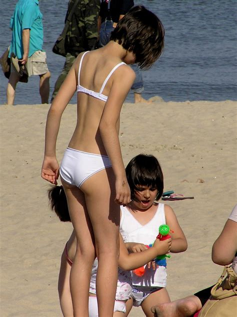 icdn imgsrc beach girls sex porn images office girls