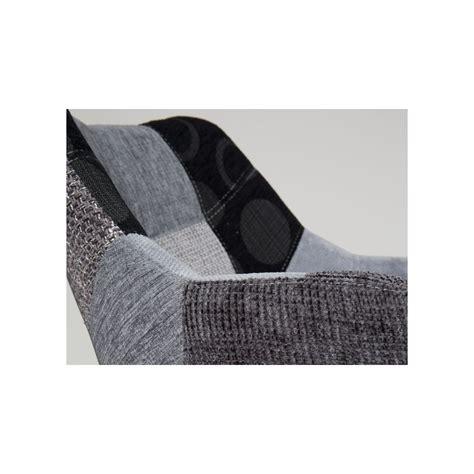 chaise capitonn e grise chaise eleven partager