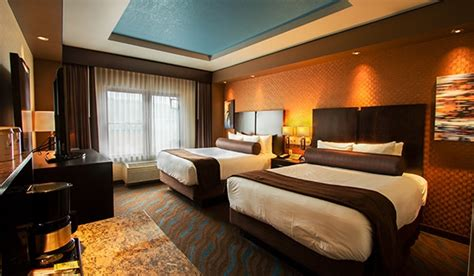 home interiors cedar falls deluxe hotel rooms in grand ronde spirit mountain casino