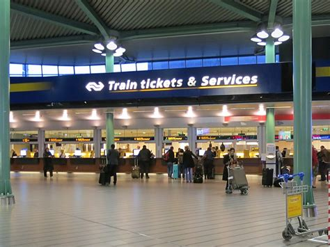 Service To Airport by Ns Service Desk At Schiphol Mikestravelguide