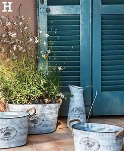 Deko Für Terrasse : zink accessoires sorgen f r landhaus feeling zink deko garten terrasse garten balkon ~ Orissabook.com Haus und Dekorationen