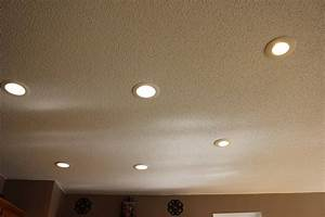 Dim lamp lighting and ceiling fans