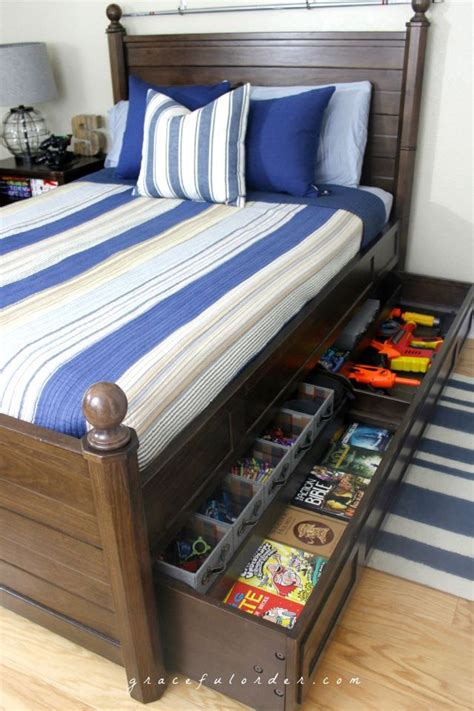 Organize Bedroom Ideas by 17 Best Ideas About Bed Storage On