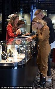 Olivia Buckland tries on rings in Mayfair with fiancé Alex ...