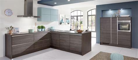 cuisine contemporaine bois cuisine contemporaine bois cuisines cuisiniste aviva