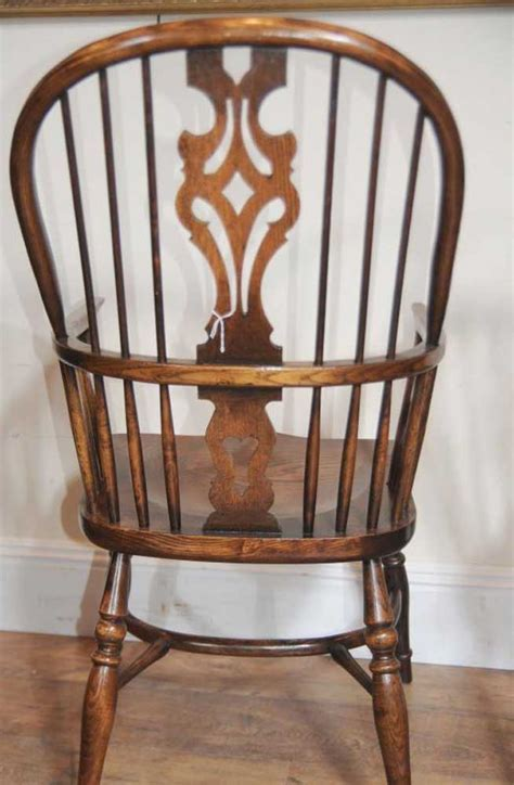 10 Antique Windsor Kitchen Dining Chairs Set