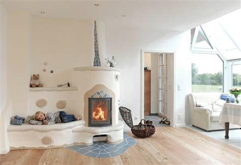 Wohnzimmer Mit Kachelofen by Moderne Kachel 246 Fen Verleihen Ihrem Zuhause Stil Und