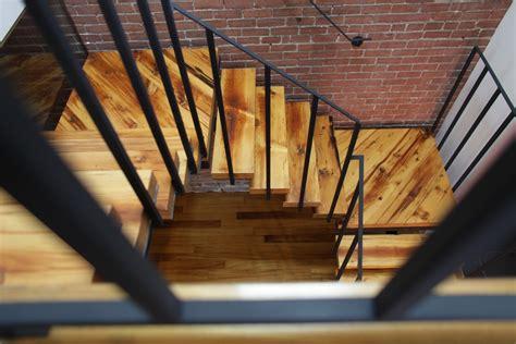 escalier en acier et bois recycl 233