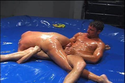Pics of nude men and women wrestlers