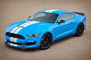 Grabber Blue 2017 Ford Mustang Shelby GT-350 Fastback - MustangAttitude.com Photo Detail