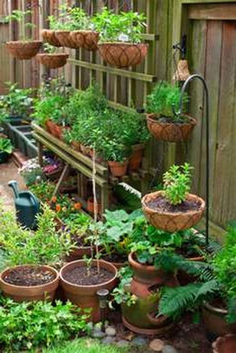 Experts share advice for small gardens. Backyard Vegetable Garden Philippines - Garden Design
