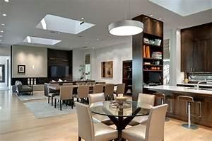 la fenetre de toit comme deco pour la salle a manger With salle a manger luxueuse