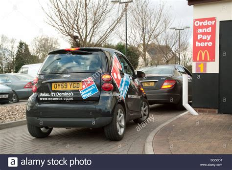 Dominos Pizza Cars by A Dominos Pizza Smart Car In The Queue At A Mcdonalds