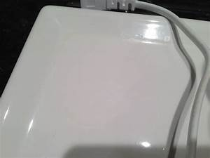 Faint yellow stain on bathroom sink how to remove for How to remove yellow stains from bathroom sink