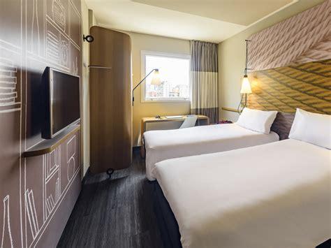 chambre hotel ibis ibis chambre top ibis styles vierzon chambre familiale