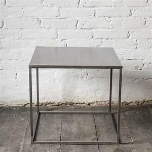 Couchtisch Beine Metall : simplex couchtisch beistelltisch metall grau unbehandelter stahl notoria tische tables ~ Indierocktalk.com Haus und Dekorationen
