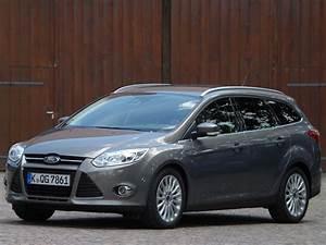 Ford Focus Turnier Kombi : fahrbericht ford focus turnier kombi mit kanten ihr ~ Jslefanu.com Haus und Dekorationen
