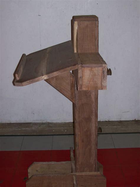 plans  build wooden lectern plans  plans