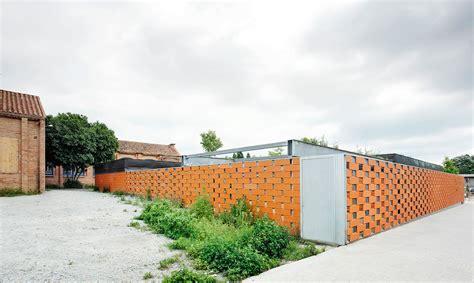 Galeria De Centro Comunitário De Idosos F451