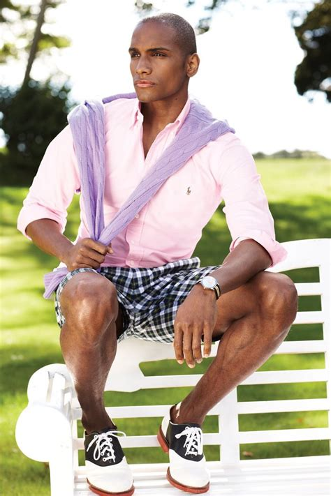 Picture Of relaxed yet stylish men vacation outfits 13