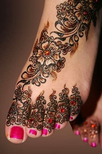 It Also Includes Some Impressive Looking Anime Style 3d Graphics And Even A Way To Play The In Portrait Mode On Your Phone Addition Stunning Mehendi Designs For And Legs With