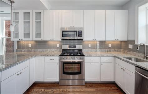 white kitchen cabinets and countertops kitchens with white cabinets and granite countertops 1785
