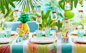 Deco Table Tropical : une table tropicale pour accueillir l 39 ete mesa bella blog ~ Teatrodelosmanantiales.com Idées de Décoration