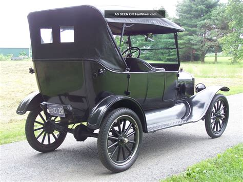 1923 Ford Model T Touring Car
