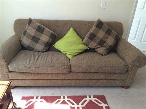 move out sale excellent condition sleeper sofa for sale