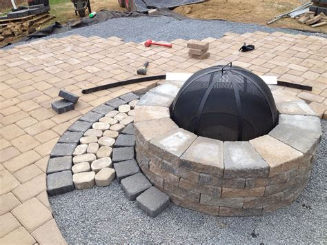 Techo Bloc Valencia Fire Pit With Double Hera Onyx Black