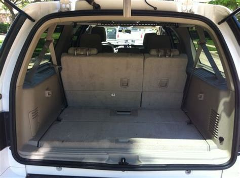 sell  ford expedition  el xlt wd  row seats