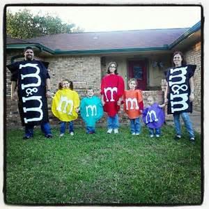 Family Halloween Costumes M